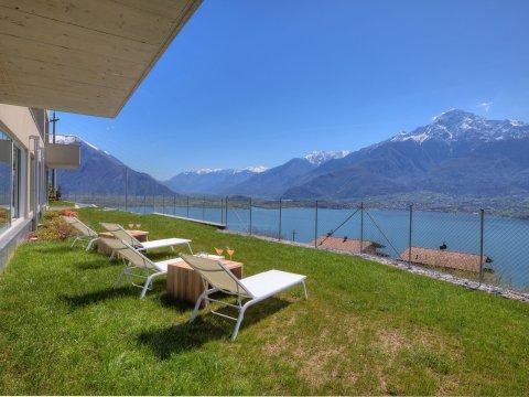 Bilder von Lake Como Wellness house Valarin_Venezia_Vercana_21_Garten