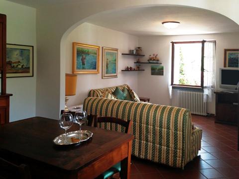 Bilder von Lake Como Apartment Veronica_Gravedona_30_Wohnraum