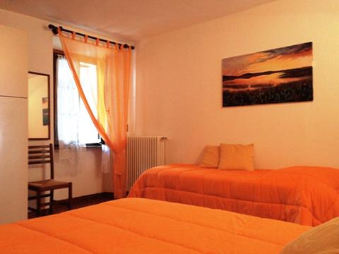 Bilder von Comer See Ferienwohnung Veronica_Gravedona_40_Doppelbett-Schlafzimmer