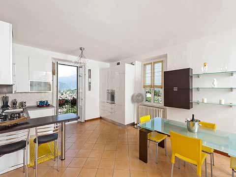 Bilder von Comer See Ferienwohnung Villa_800_Bellagio_35_Kueche