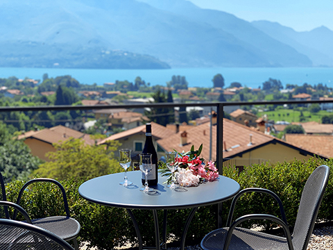 Bilder von Comer See Ferienwohnung Villa_Ago_Topazio_Gravedona_10_Balkon