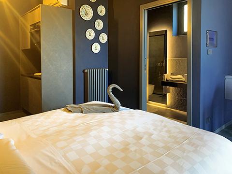 Bilder von Lake Como Apartment Villa_Ago_Zaffiro_Gravedona_41_Doppelbett