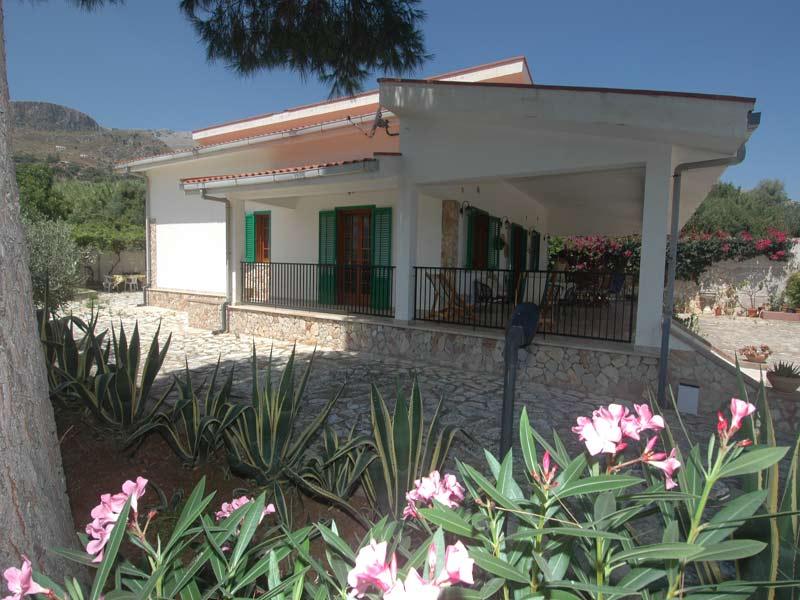 Bilder von Sicily North Coast Villa Villa_I_Faraglioni_Castellammare_del_Golfo_20_Garten
