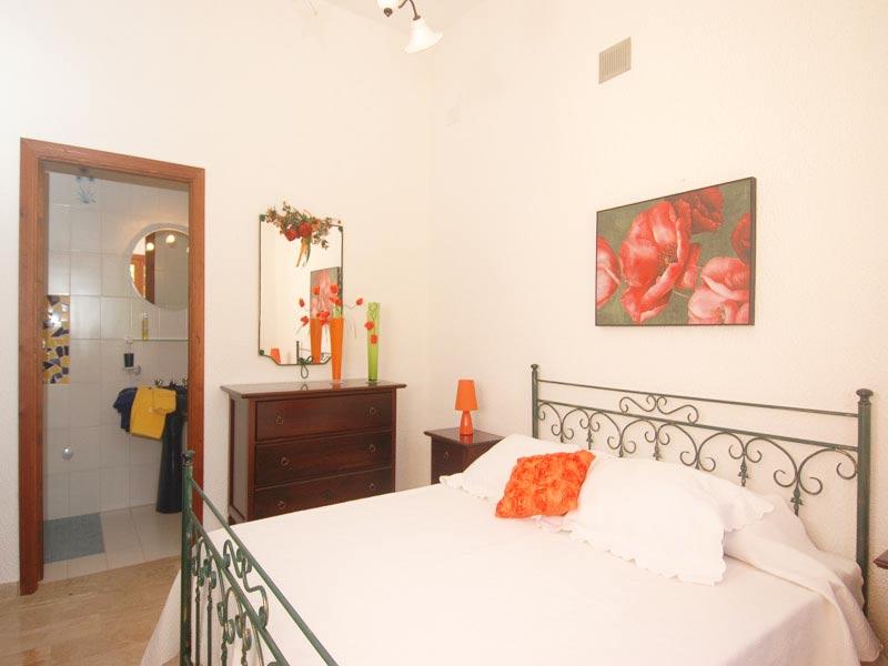 Bilder von Sicily North Coast Villa Villa_I_Faraglioni_Castellammare_del_Golfo_40_DoppelbettSchlafzimmer