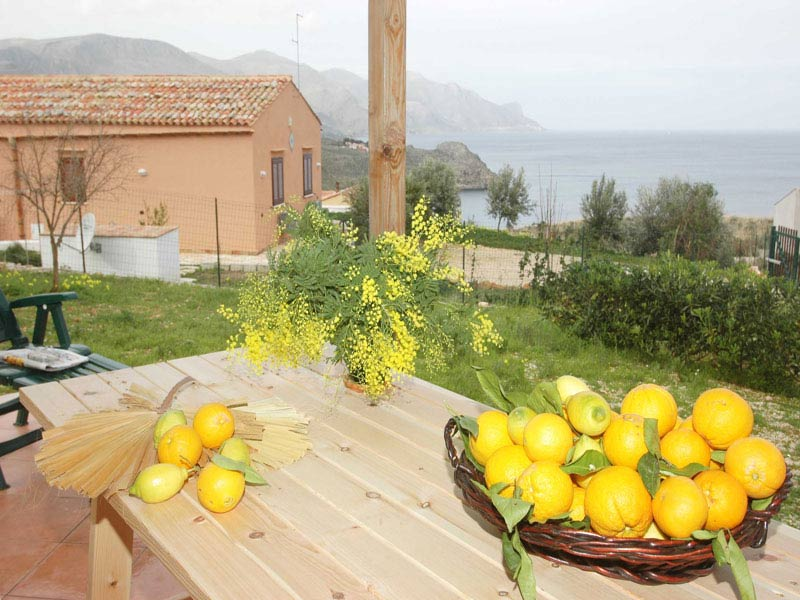 Bilder von Sizilien Nordküste Villa dei_Limoni_Castellammare_del_Golfo_11_Terrasse