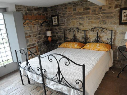 Bilder von Adria Ferienhaus la_Cerquetta_Santa_Vittoria_in_Matenano_40_Doppelbett-Schlafzimmer