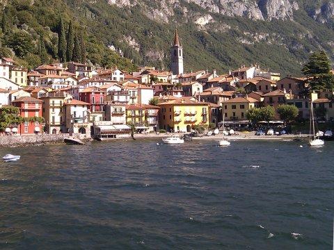 Bild von Ferienhäuser direkt am See in Italien Ferienhaus