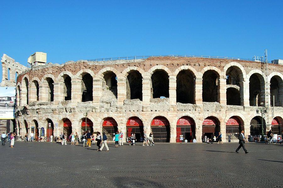 Saison Opéra  Arena Verona